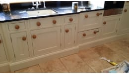 Hand Painted Kitchen Hutton Mount D